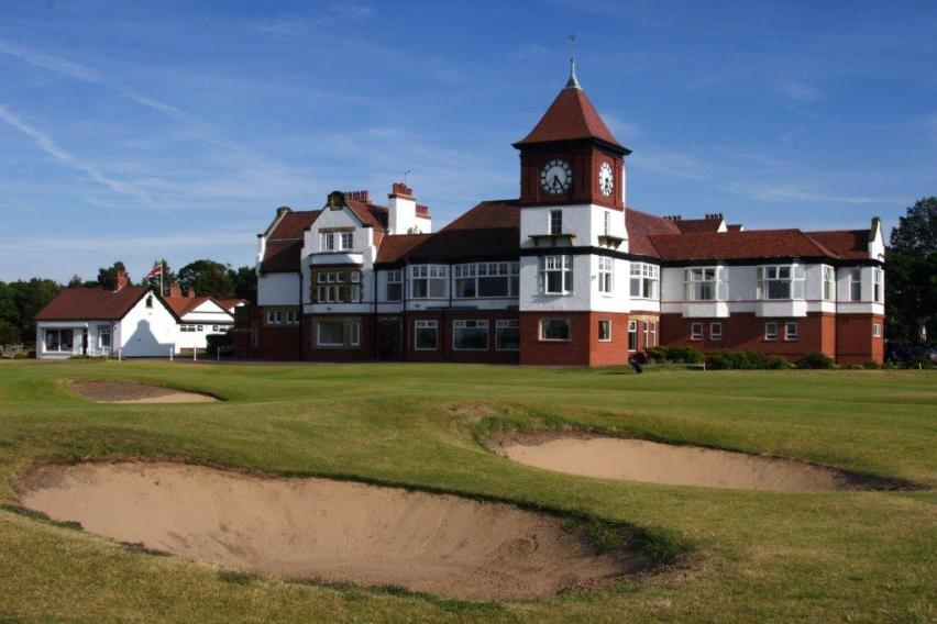 Formby GC Clubhouse
